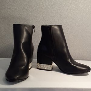 Madden Girl Ambrosee Block Heel Ankle Boots